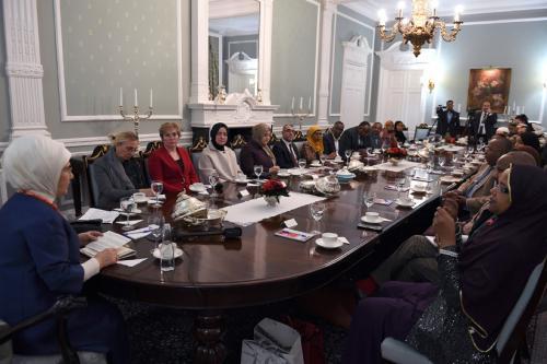 La Première Dame Emine Erdoğan rencontre des membres du Parlement britannique et des représentants de la diaspora somalienne