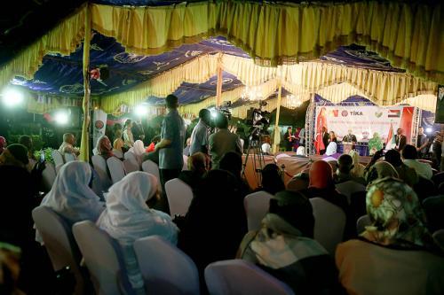 Emine Erdoğan, Sudan'da Kadın Milletvekilleri ile Görüştü