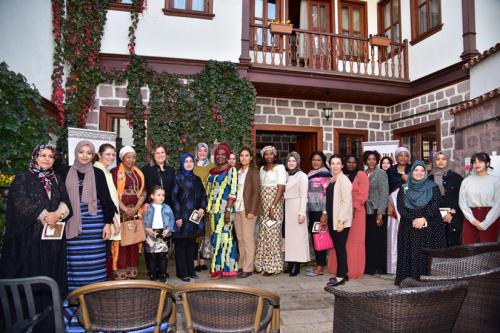 Ankara'da 'Afrika Kültüründe Saç Örgüsü Atölyesi' düzenlendi